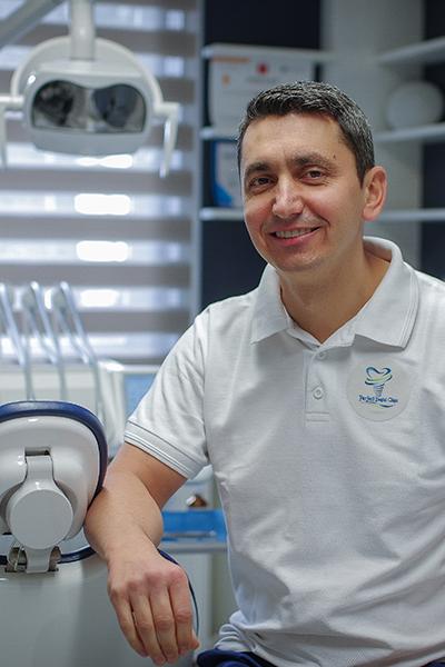 Dr. VENCZEL CSABA
